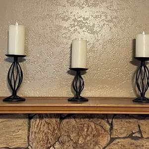 LOT # 7 - Twisted Metal Pillars Set w/Flameless Candles