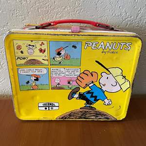 "LOT # 41- "" Peanuts"" Vintage Metallic Lunch Box"