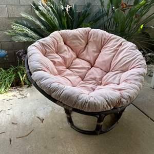 LOT #  118 - Papasan Chair