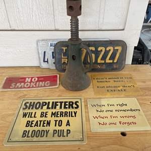LOT #  126 - Vintage Simplex 20 Ton Railroad Jack/ License Plates / Novelty Metal Signs