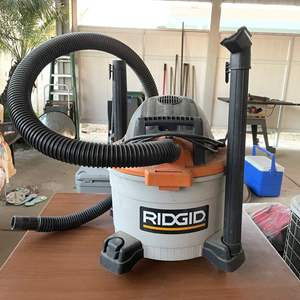 Lot # 186 - Rigid 6 gallon wet/dry vac