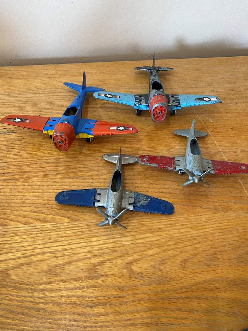 Lot # 1 - Hubley CorCair Planes (main image)