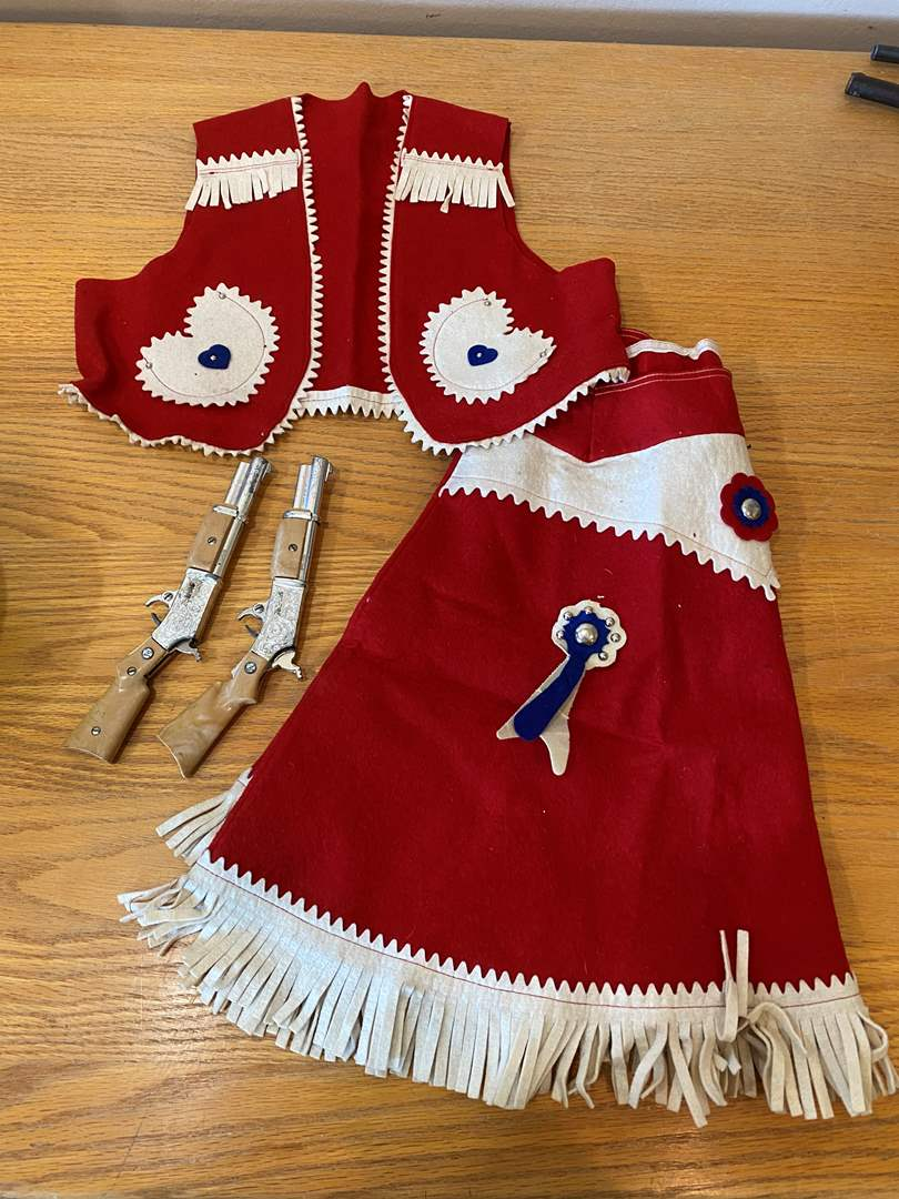 Lot # 17 - Cow Girl Outfit and Capguns (main image)