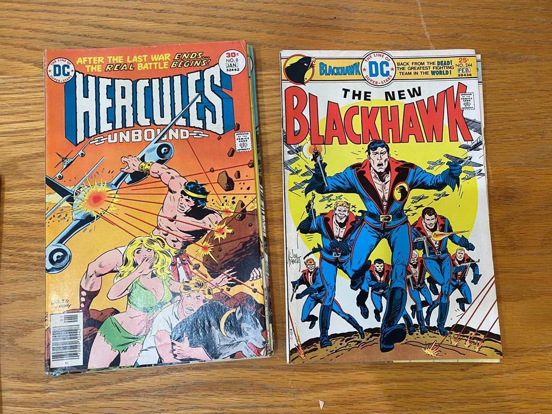 Lot # 13 - DC Comics (main image)