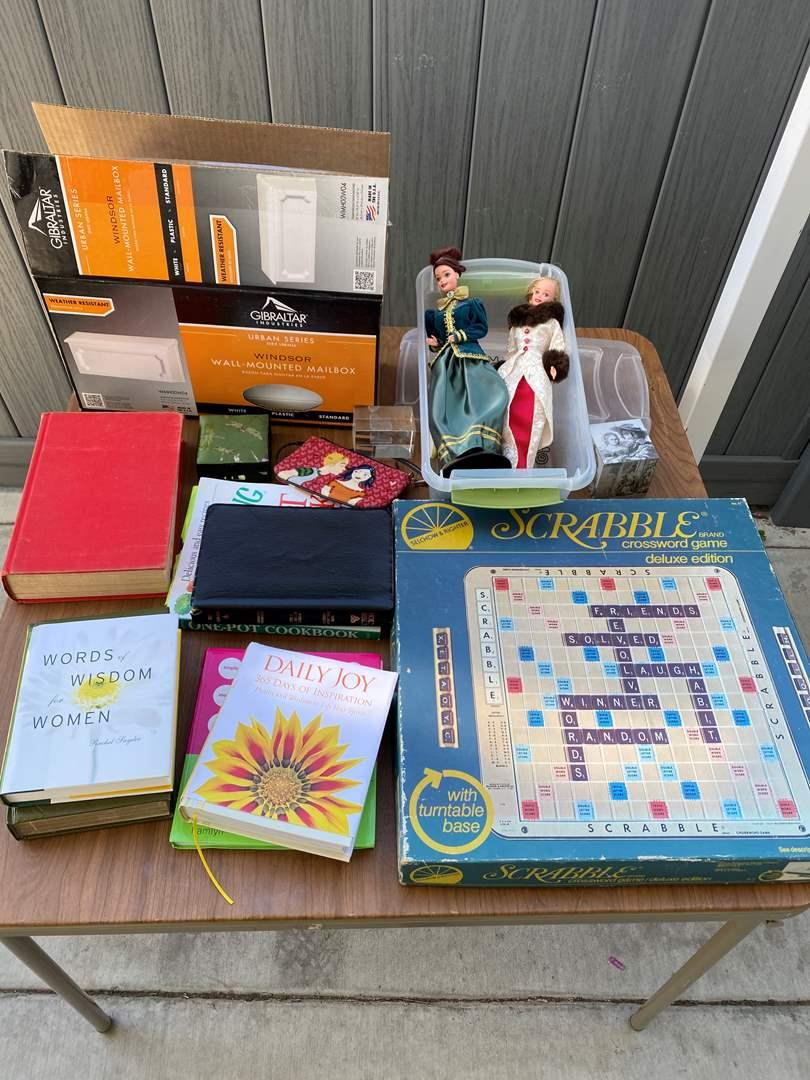 Lot # 73 - Various Home Goods (main image)