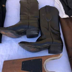 Lot # 137 - Ladies Lucchesi boots, Gerry Schumaker , Leather Chaps &  other equestrian items