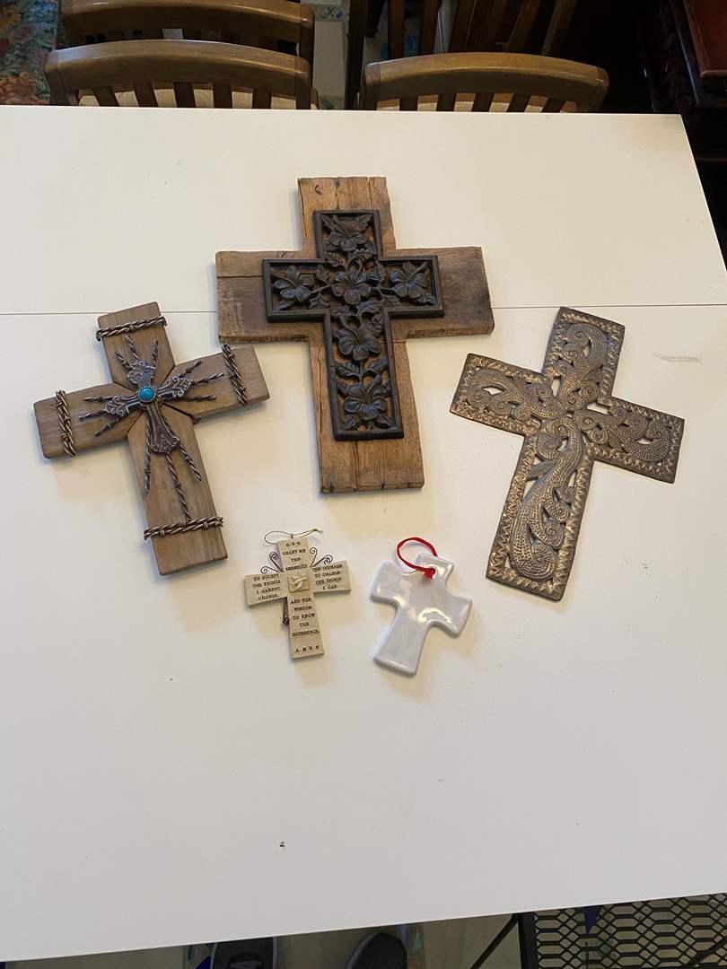 Lot # 29 - Crosses (main image)
