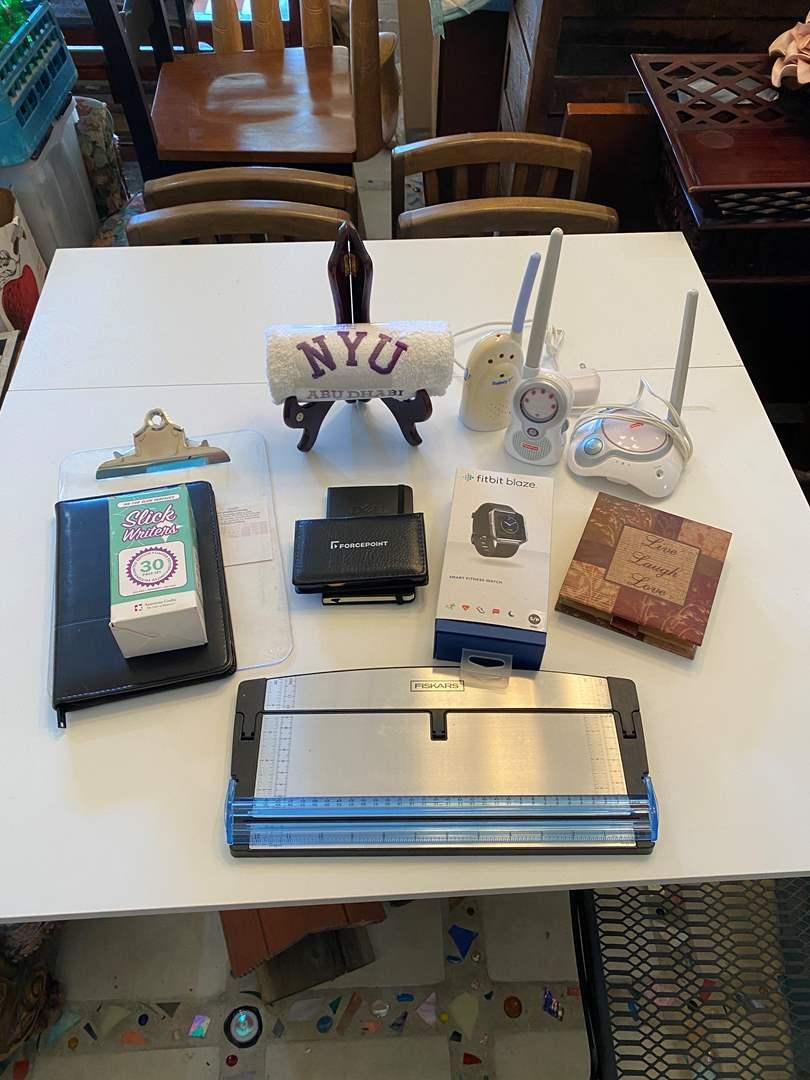 Lot # 31 - Desk Items (main image)