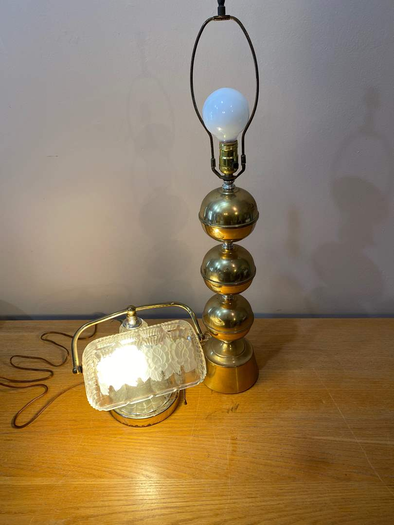 Lot # 153  - Vintage Lamps (main image)