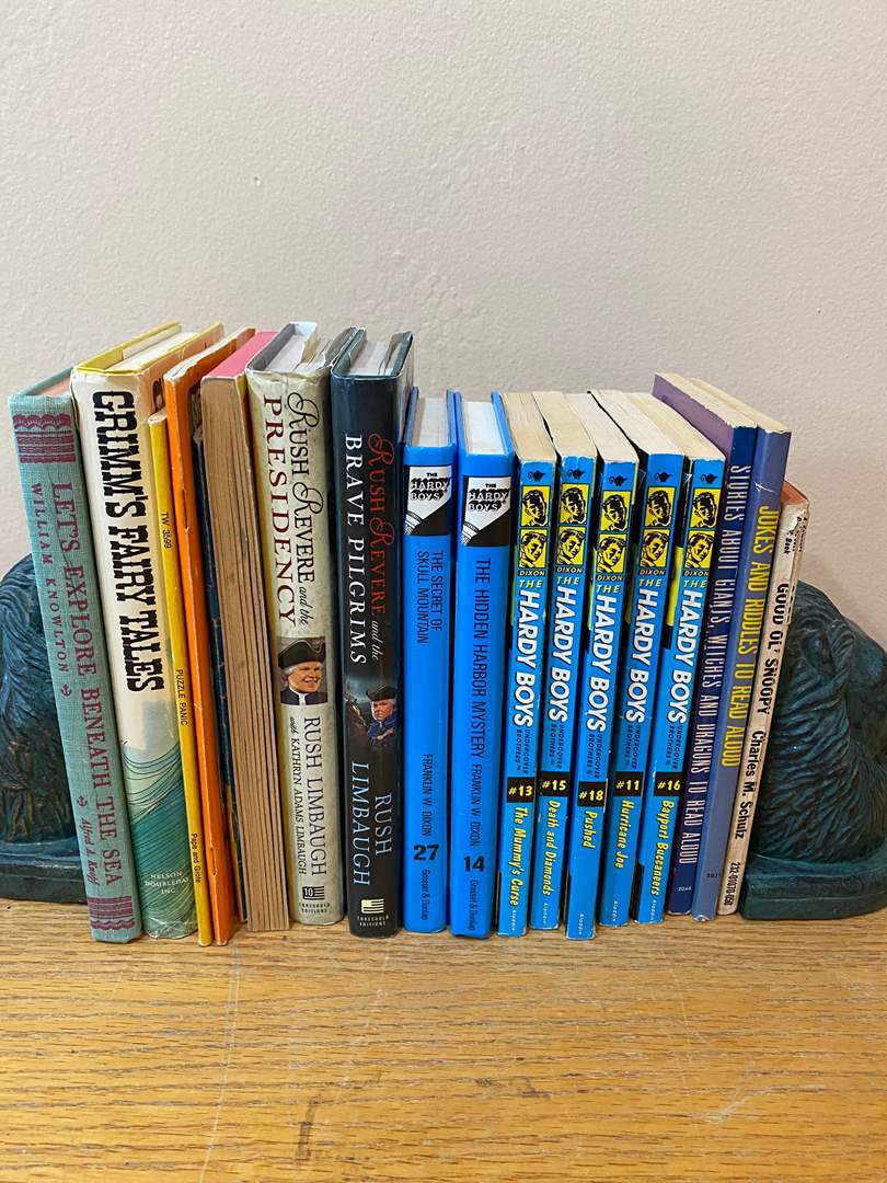 Lot # 164 - Vintage Kids Books (bookends not included) (main image)