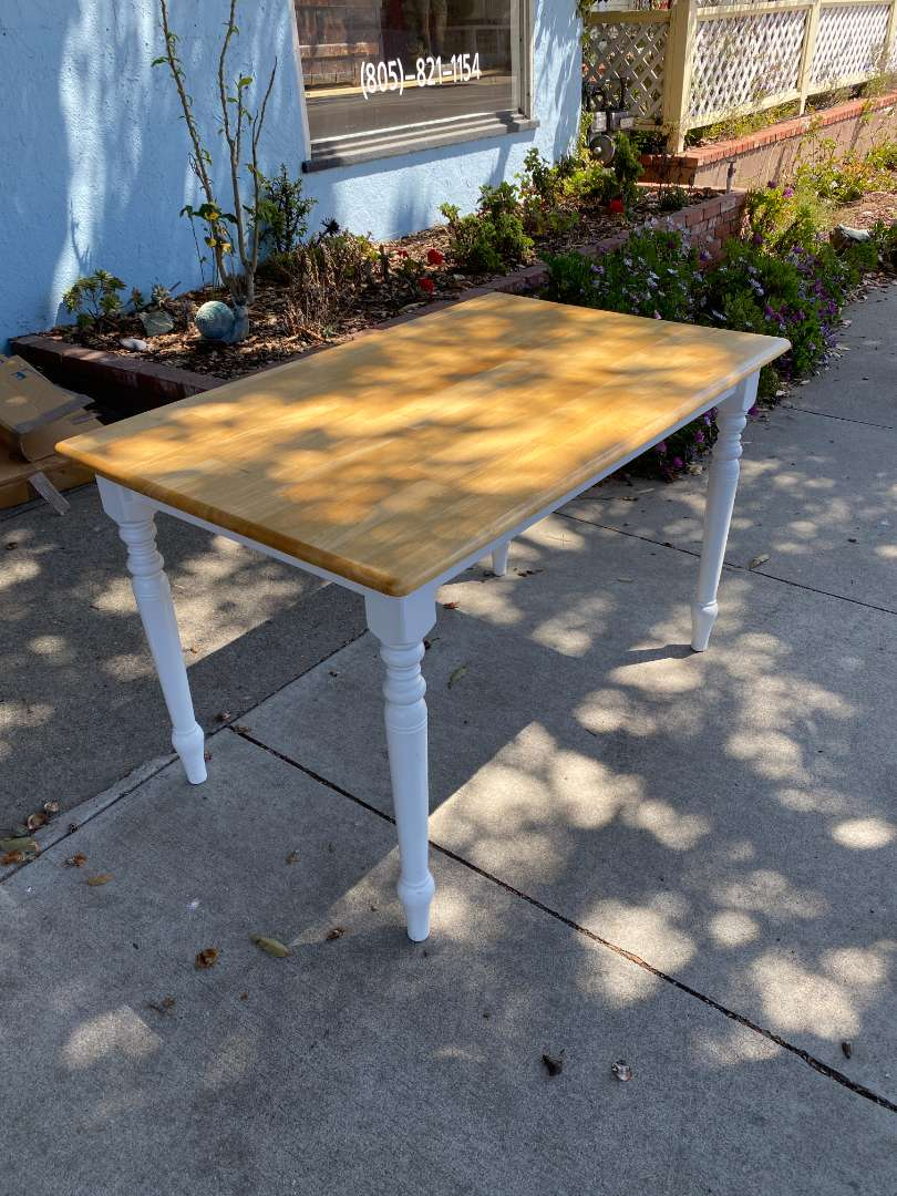 Lot # 105 - Dining Table with 2 Chairs (main image)