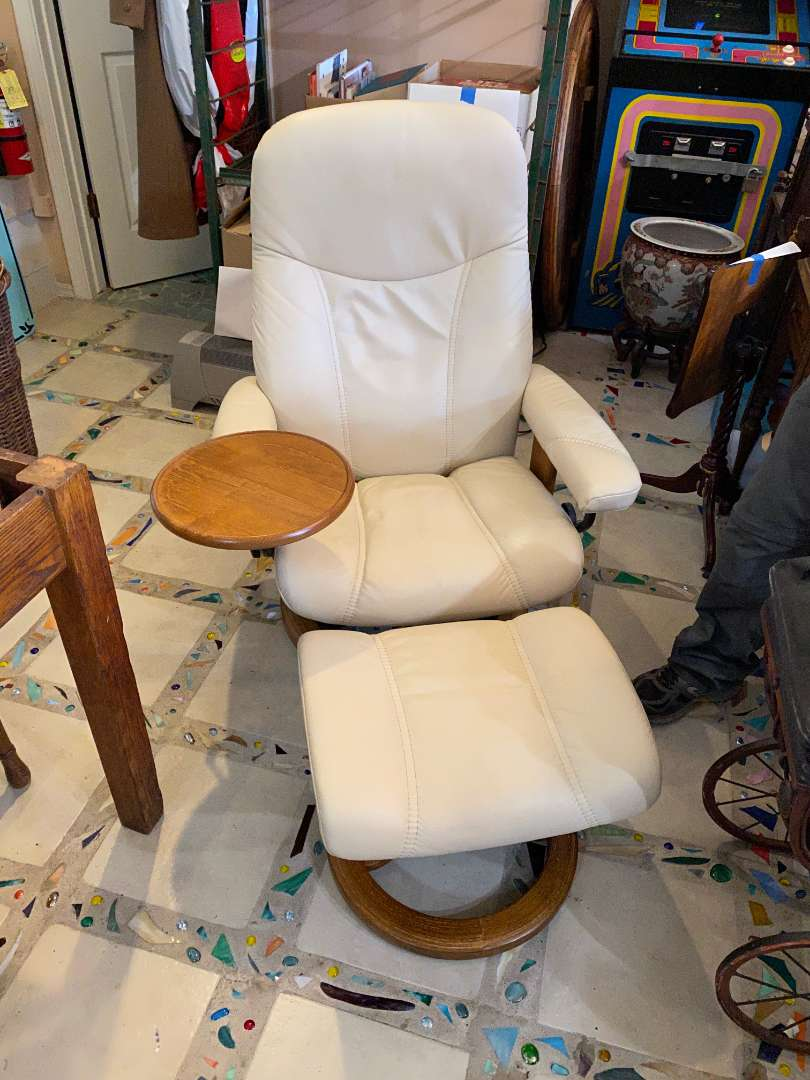 Lot # 122 - Ekrones Chair With Ottoman (main image)