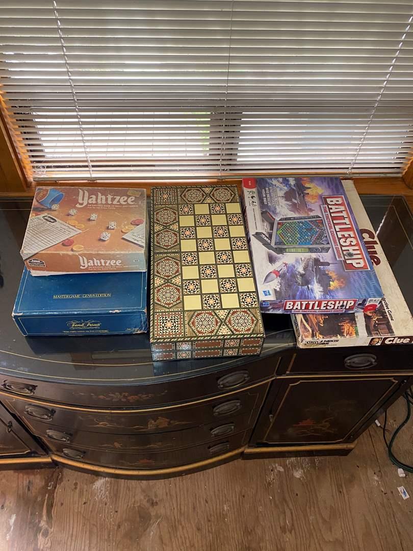 Lot # 3 - Games (main image)