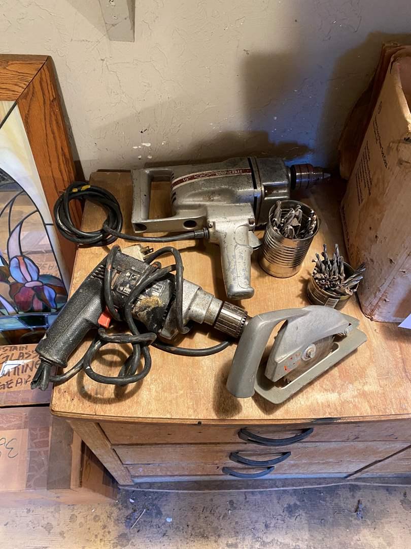 Lot # 27 -  Drill, Drill Bits and Saw (main image)