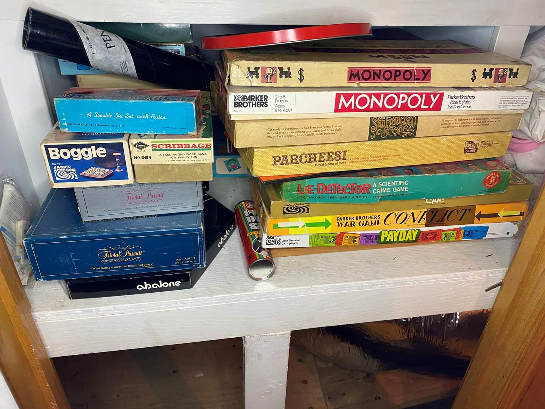 Lot # 172 - Vintage Games (main image)