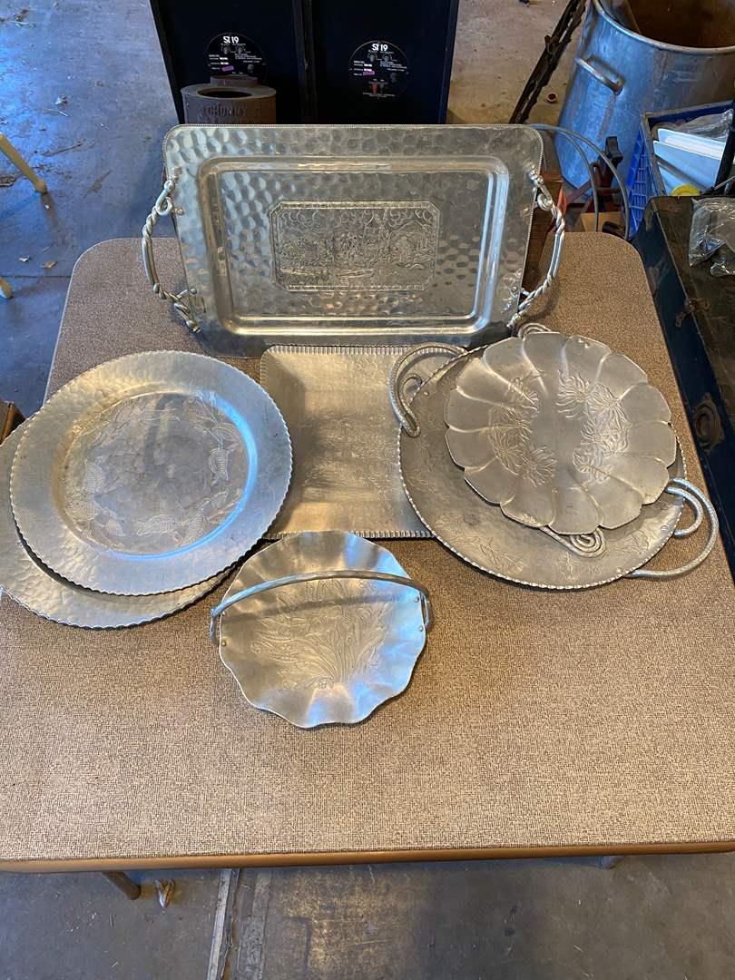 Lot # 41 - Vintage Aluminum Pieces (main image)