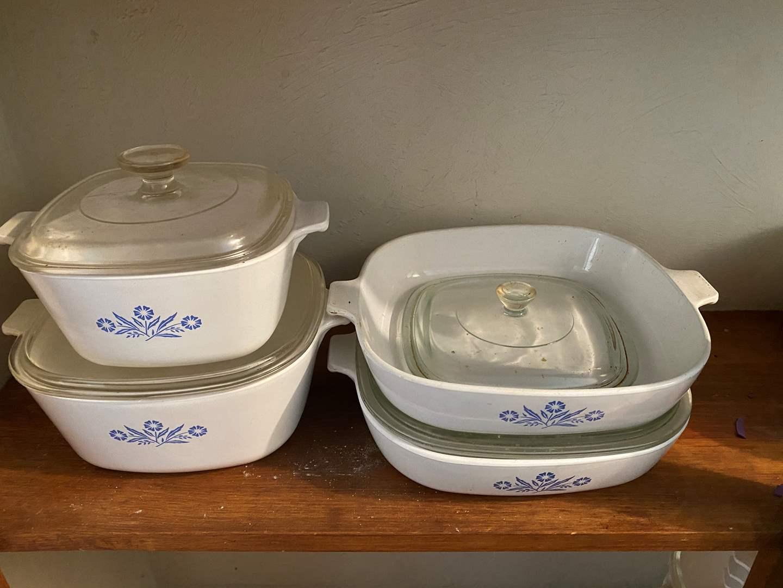 Lot # 55 - Corning Dishes (main image)