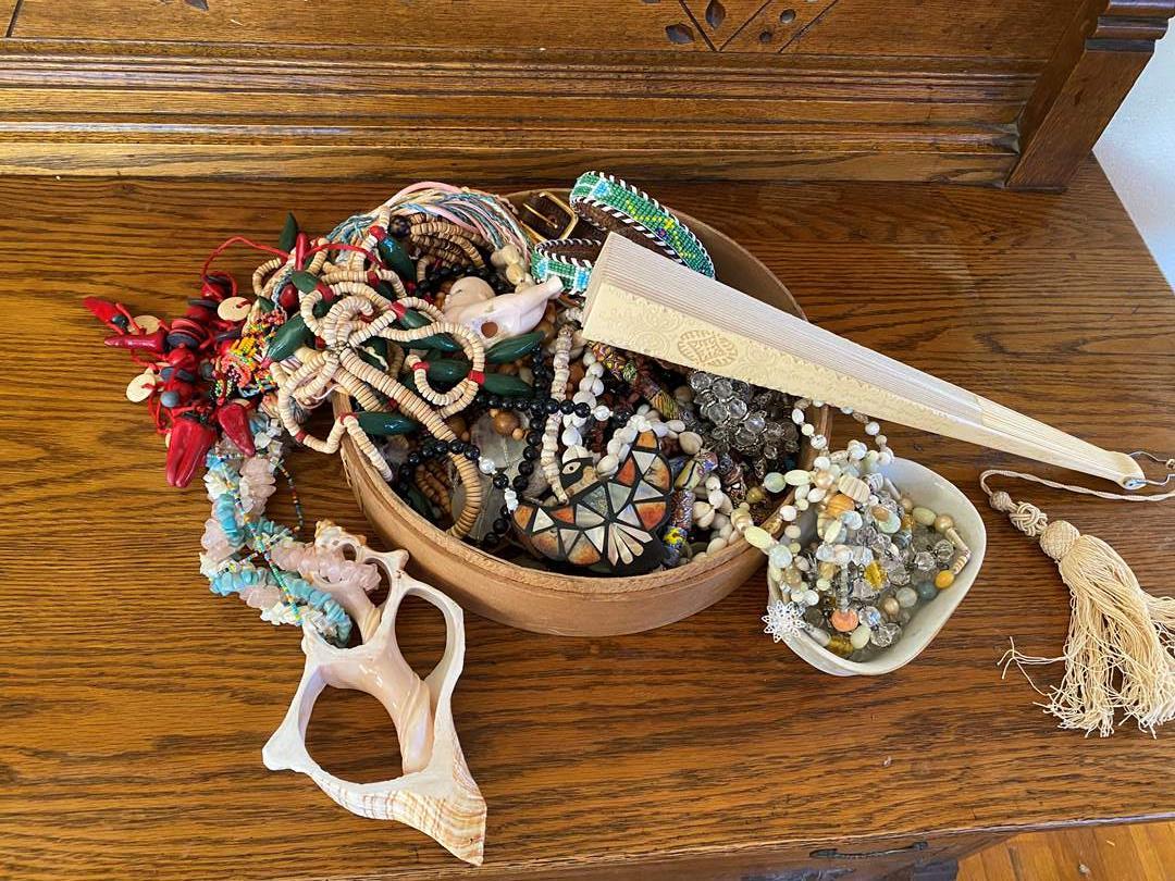 Lot # 216 - Jewelry & Beads (main image)