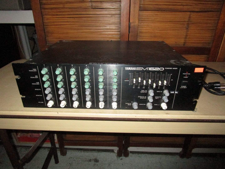 Lot # 40 - Yamaha Powered Mixer (main image)