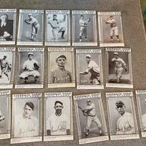 Lot # 32  - Baseballs great Hall of Fame trading cards