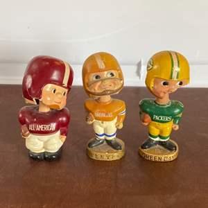 Lot # 101 - Vintage bobble heads