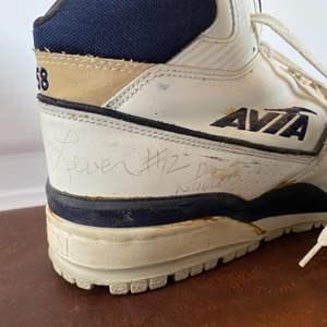 Lot # 104 - #12 Fat Lever, Denver Nuggets signed Hi top basketball shoes