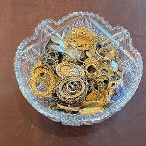 Lot # 141 - Crystal bowl of costume jewelry