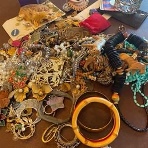 Lot # 143 - Costume jewelry
