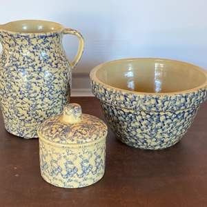 Lot # 156 - Robinson Roseville Ohio USA sponge ware