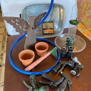 Lot # 163 - Garden Goods