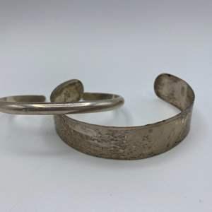 Lot # 18 - Two sterling bracelets (28.2g)