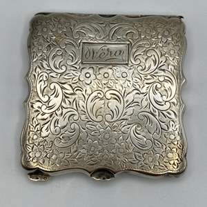 Lot # 10 - Sterling compact