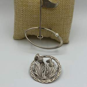 Lot # 20 - Two sterling pins (20.4g)