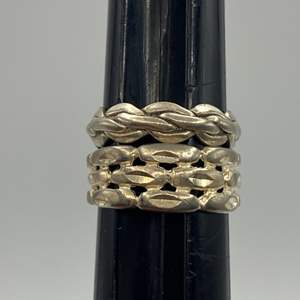 Lot # 28 - Two sterling rings (7.3 g)
