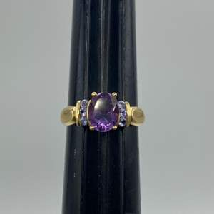 Lot # 42 - 10k Gold ring  with 2.5 carat amethyst