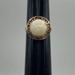 Lot # 43 - 10 karat Victorian gold ring with 5+ carat opal