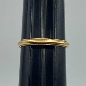 Lot # 51 - 14 karat gold band (1.9 g)