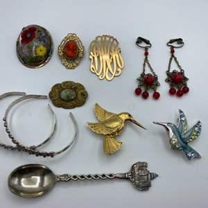 Lot # 72 - Vintage costume jewelry