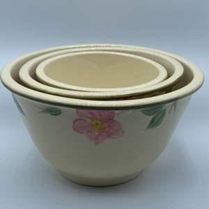 Lot # 79 - Franciscan desert rose stacking bowls
