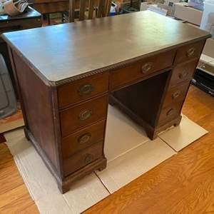 Lot # 93 - Vintage desk