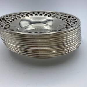 Lot # 140 - Sterling nut cups (252g)