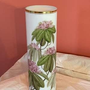 Lot # 168 - Charleston handpainted milk glass vase
