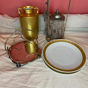 Lot # 189 - Vintage goods from various makers