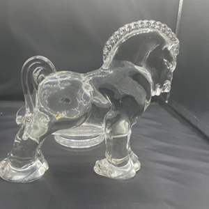 Lot # 202- Heisey Clydesdale & footed bowl