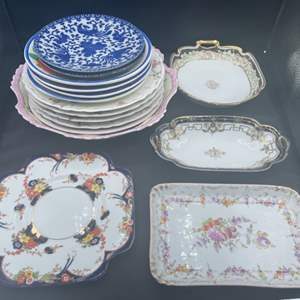 Lot # 205 - Collection of plates from various makers
