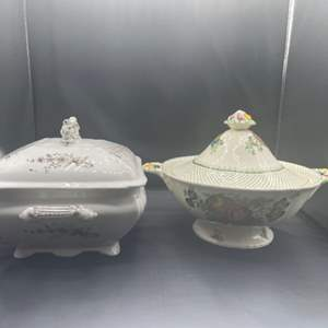 Lot # 209 - Two covered dishes Mason's and Spray