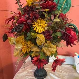 Lot # 219 - Silk flower arrangement