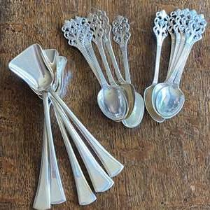 Lot # 229 - Silver plated spoons