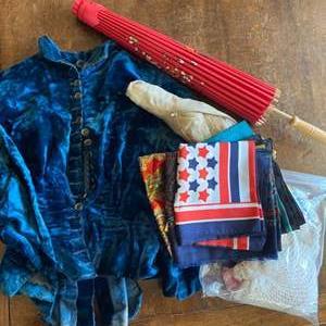 Lot # 242 - Vintage clothing