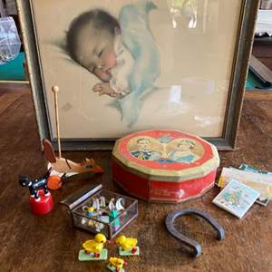 Lot # 244 - A collection of children's items